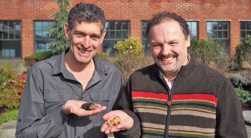Author Rowan Jacobsen and Dr. Charles Lefevre enjoy the February sun in Oregon, and truffles, of course! – Photo by Kayt Mathers